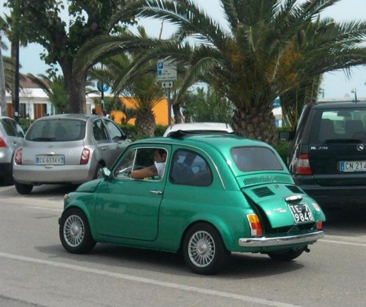 Torna il raduno delle Fiat 500 (terza edizione) sfilata ad Alba, Tortoreto e Martinsicuro