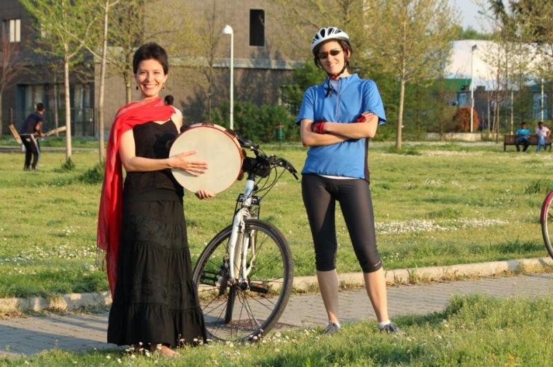 Avventura in bicicletta: da Bologna a Martano due donne percorrono la ciclovia adriatica