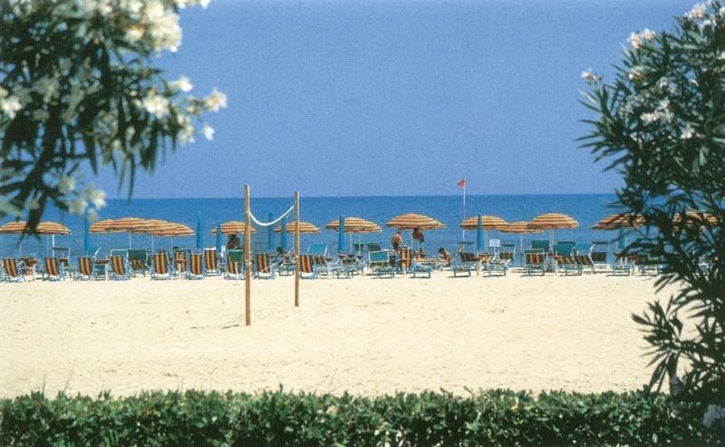 Nuove norme sicurezza balneare sulle spiagge e in mare valide da Martinsicuro a Silvi Marina